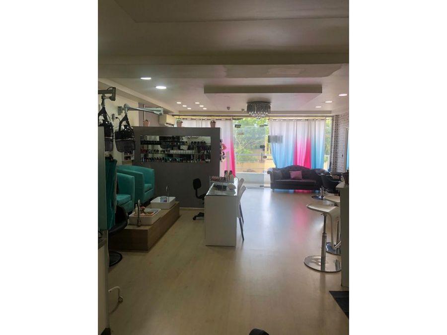 venta de salon de belleza equipado en sector la julia