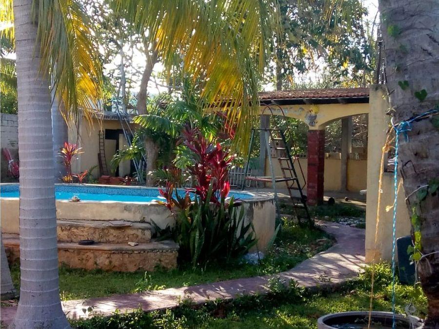 casa en venta con amplio terreno col maya