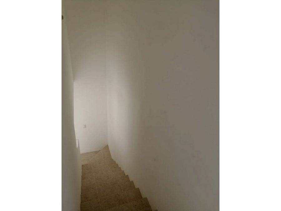 casa en venta de 2 pisos zona norte santa isabel