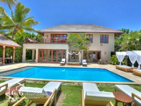 lujosa villa arrecife punta cana