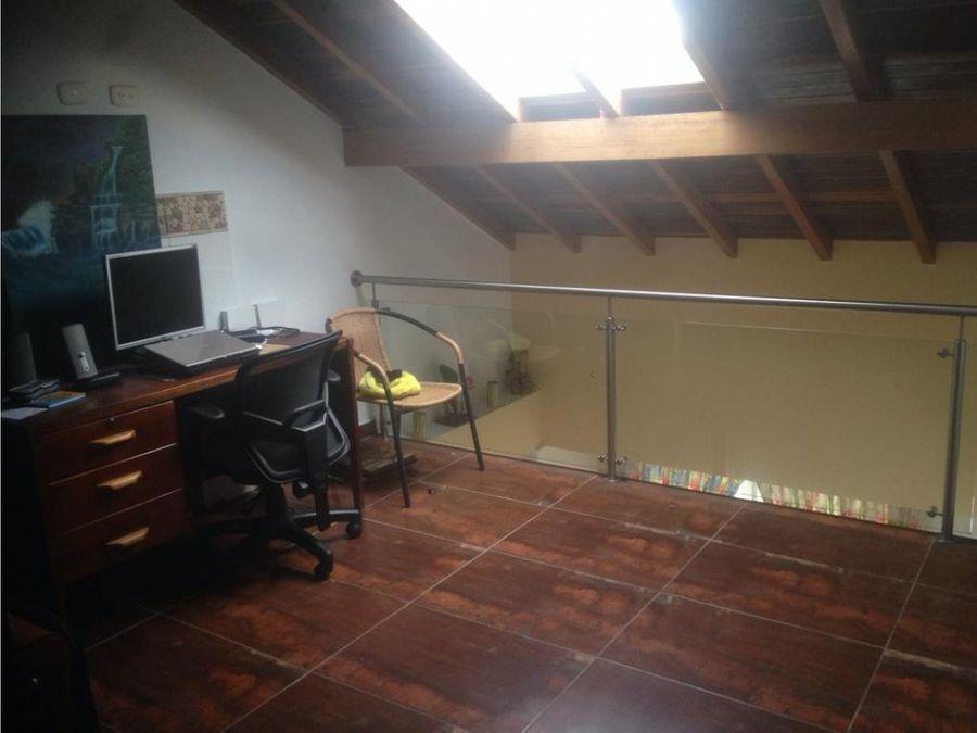 casa unifamiliar en venta la estrella cod 18138