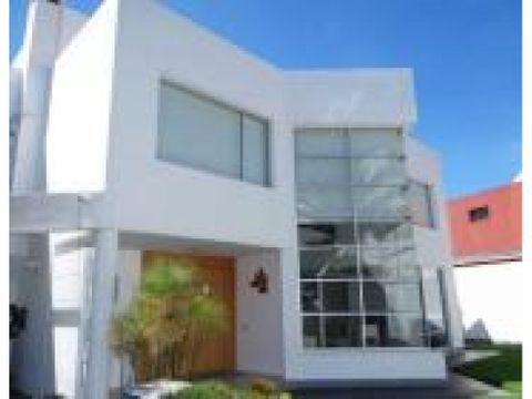 hermosa casa de venta en cumbaya la primavera 2