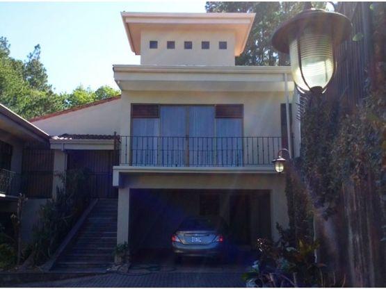 amplio y lujoso apartamento en pozos de santa ana