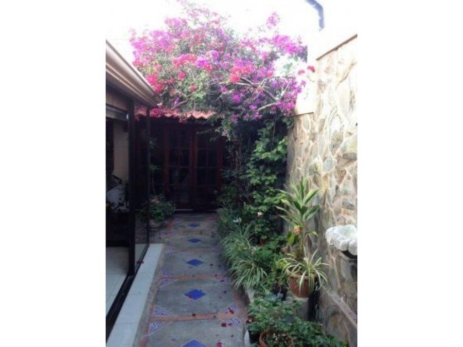hermosa casa en rohrmoser 175675 dbr