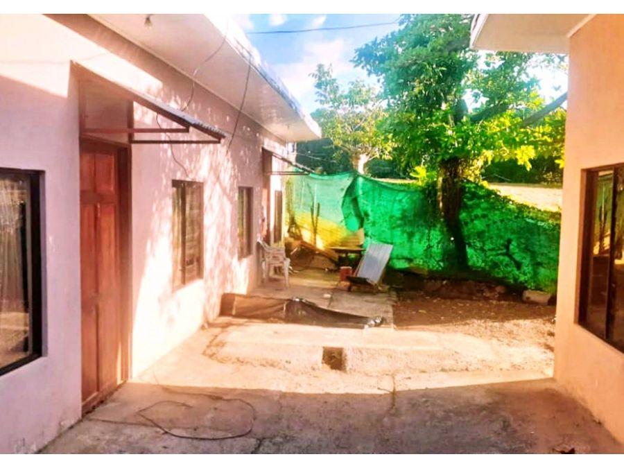 propiedad con cuatro apartamentos en orotina alajuela