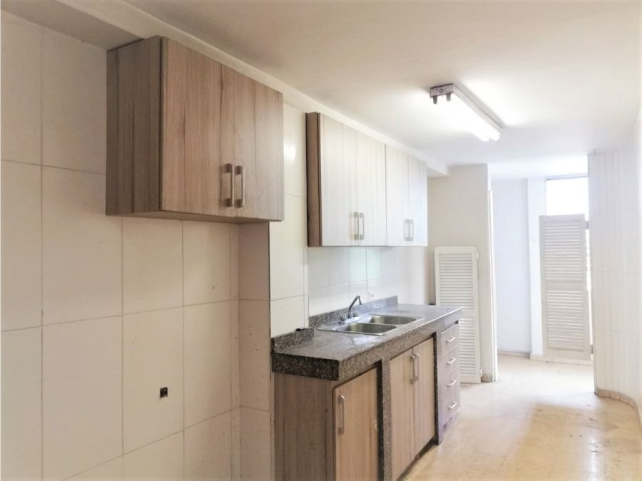 apartamento en alquiler bethania 120 mts2 800 vl