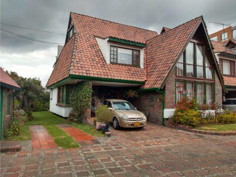 amplia casa en venta en contador