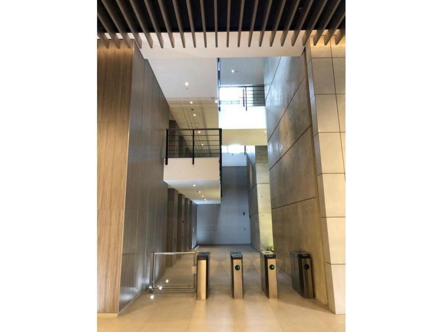 alquilo oficina de 894 m2 en torre cci occidente cali