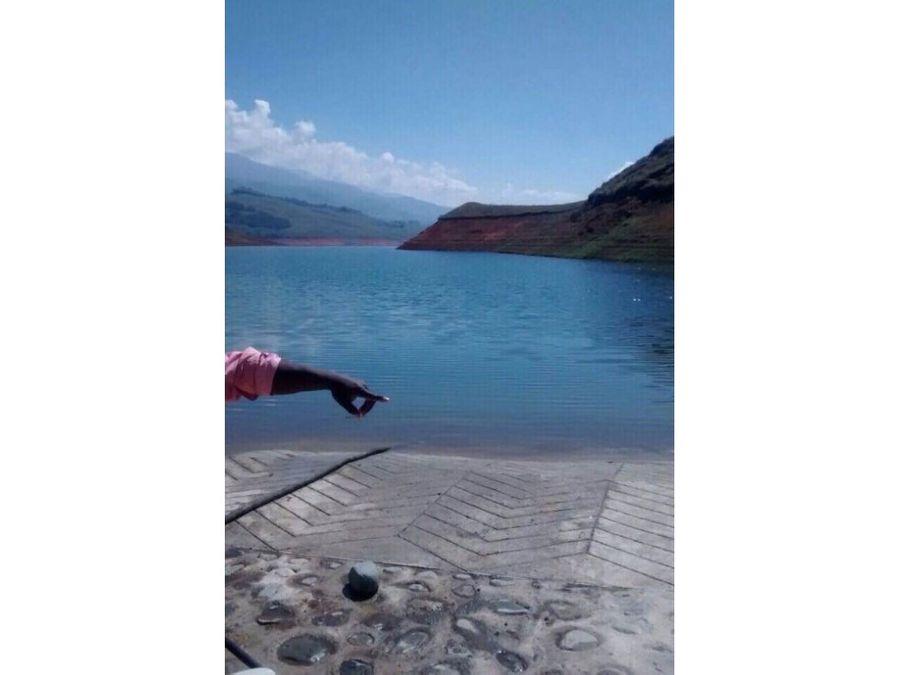 lote en parcelacion con muelle lago calima
