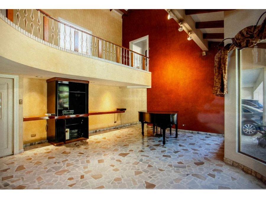 casa en rohrmoser espectacular uso mixto v0392