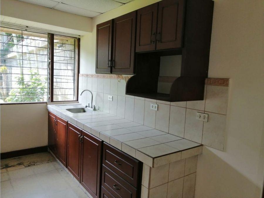 casa en sabana muy amplia con uso de suelo mixto a1071