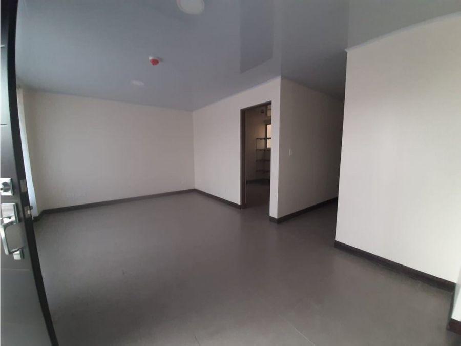 apartamento en paseo colon centrica zona a1046