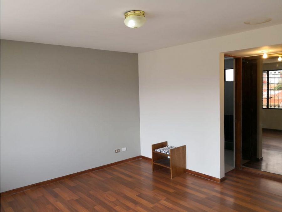 casa en rohrmoser amplia y uso mixto a1225