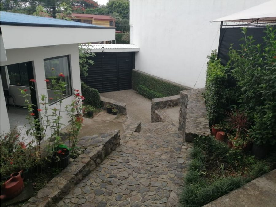 casa en rohrmoser uso de suelo mixto v0394