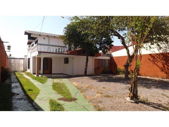 casa en rohrmoser amplia uso de suelo mixto a0885