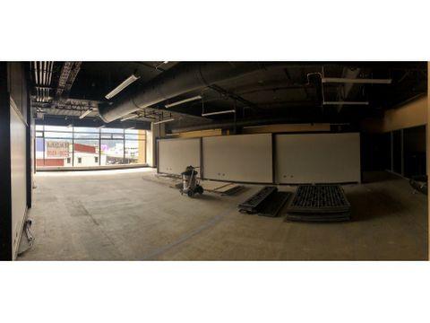 oficina en sabana personalizable y amplia a0806