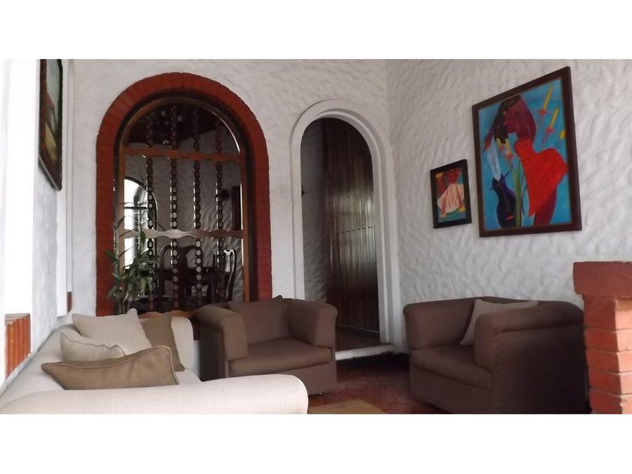 casa en rohrmoser independiente un nivel v0346