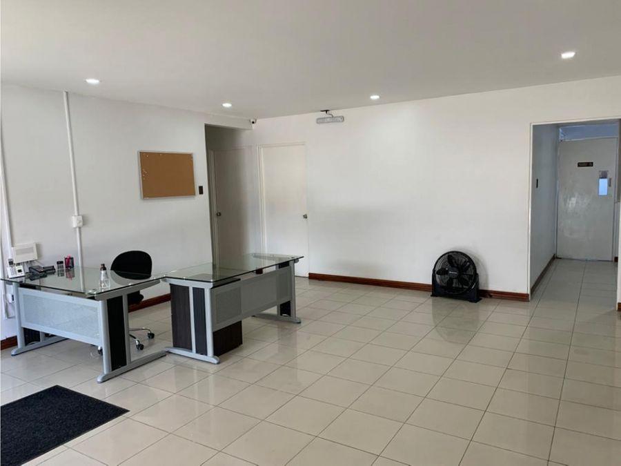 casa en sabana para oficinas con uso de suelo mixto a1159