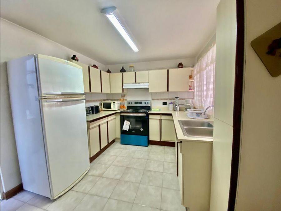 casa en rohrmoser en condominio a1165