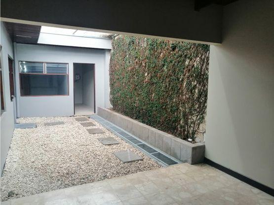 casa en sabana uso de suelo mixto a1040