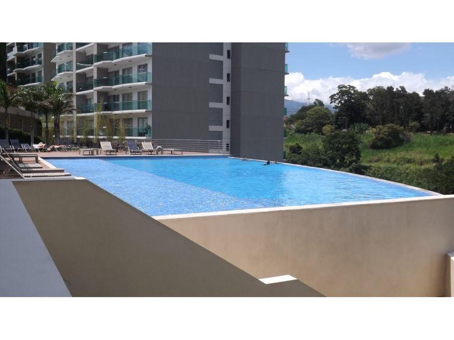 penthouse en rohrmoser exclusivo y con bellas vistas v0309