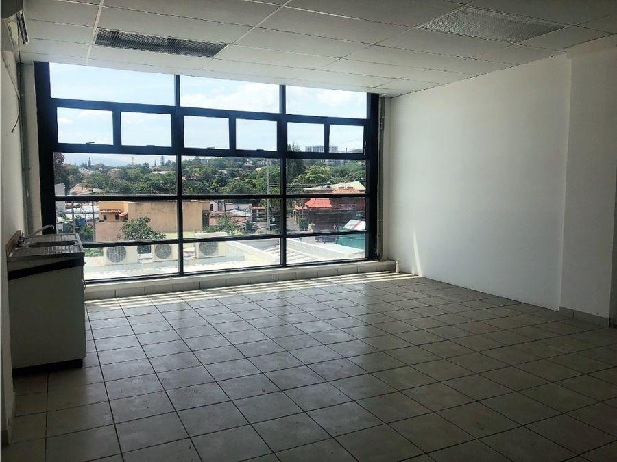 oficina en escazu precio super rebajado v0177