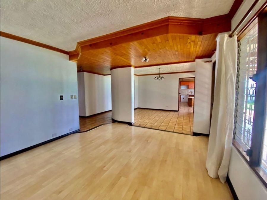 casa en rohrmoser linda y amplia a1224