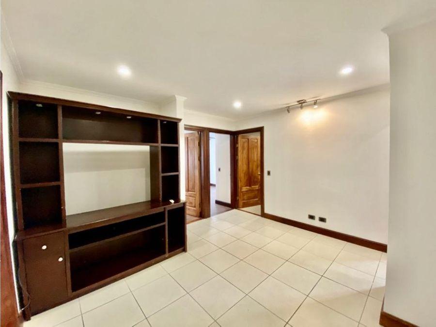 apartamento en escazu con linea blanca a1065
