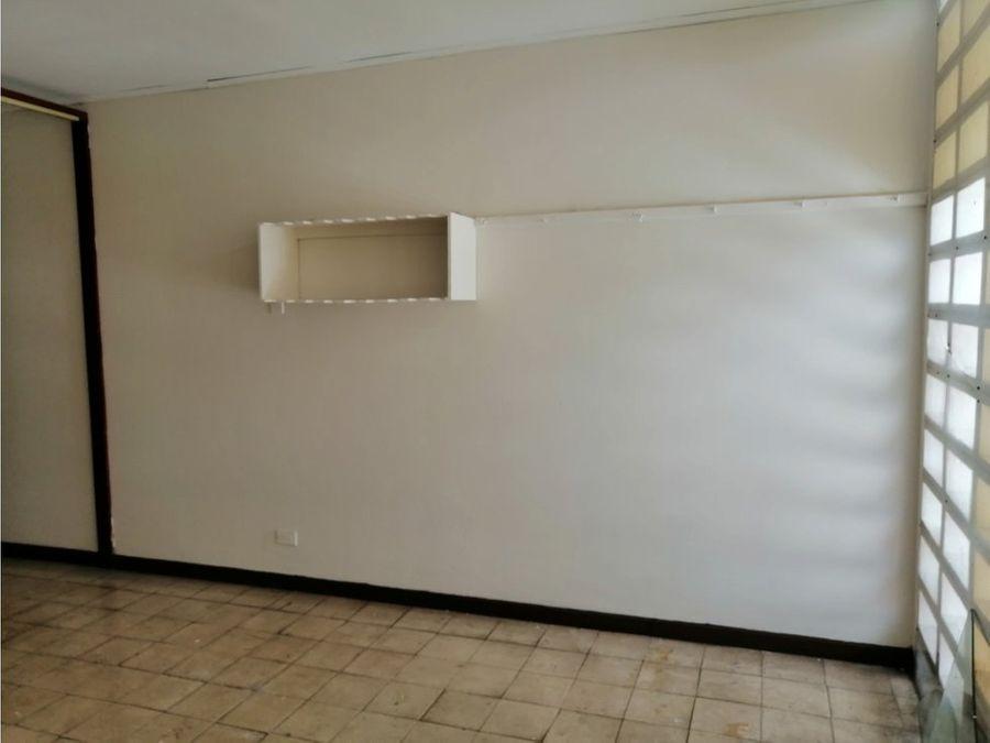 casa en sabana recien remodelada a1068