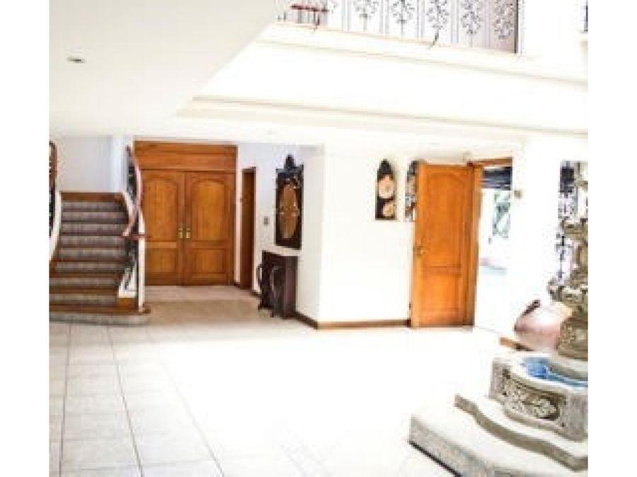 casa en venta en escazu precio negociable v0191