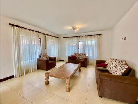 apartamento en sabana amplio en excelente zona a0872