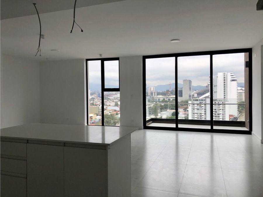 penthouse en rohrmoser amplio y en exclusiva torre v0313