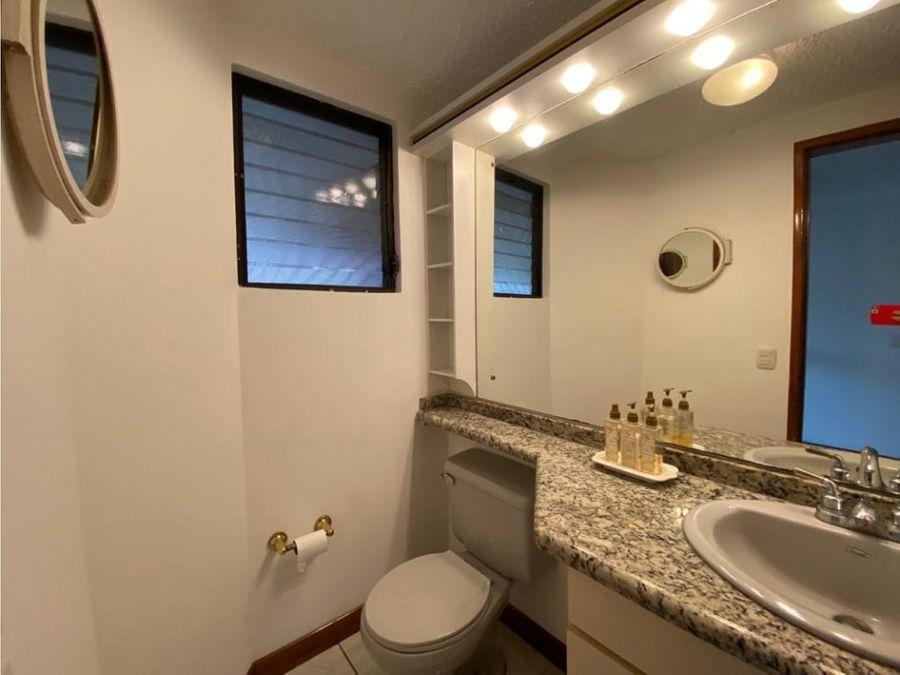 casa en escazu maravillosa con linea blanca a1150