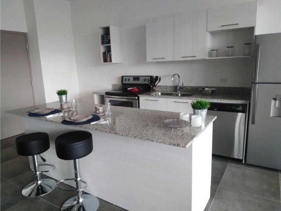 apartamento en rohrmoser amoblado a0715