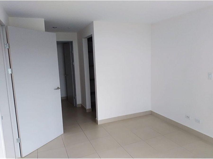 apartamento sabana excelente ubicacion v0154