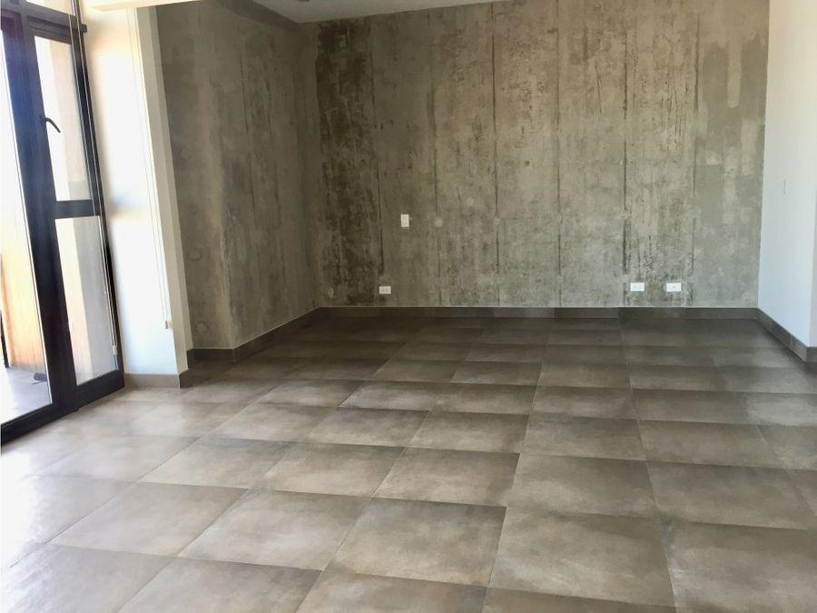apartamento en rohrmoser lindos acabados a0300