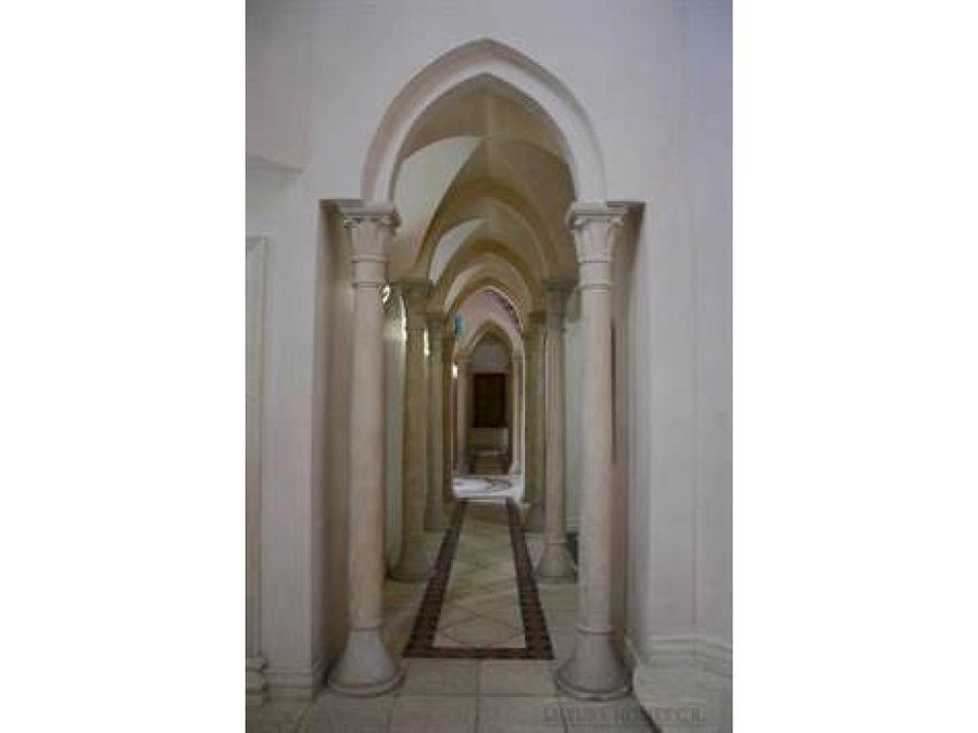 casa en santa ana muy amplia con jardin v053