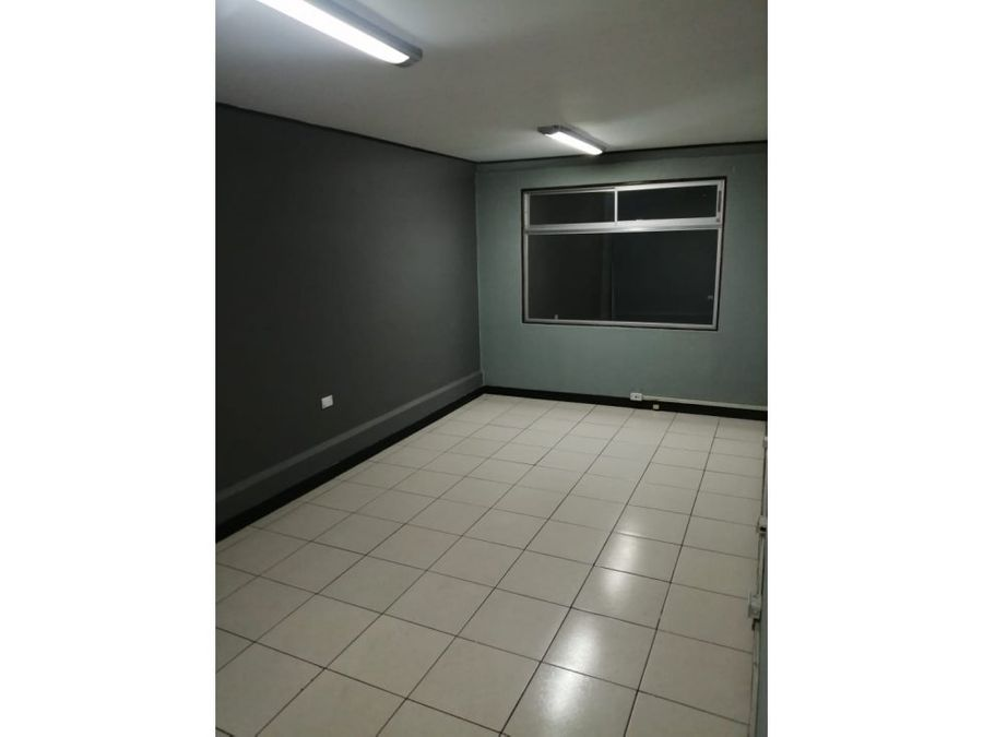 casa en sabana muy amplia con uso de suelo mixto a1140