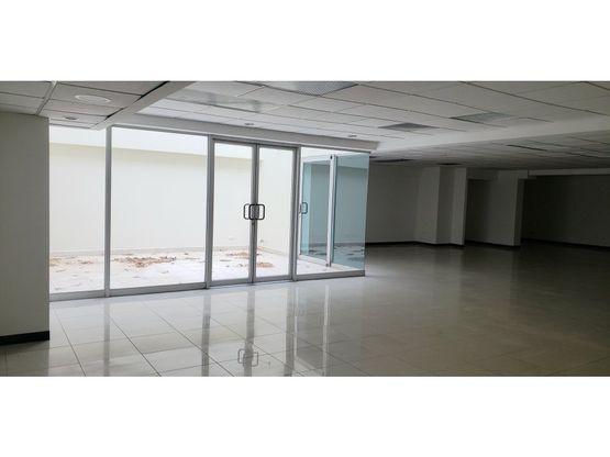 oficina en sabana excelente ubicacion a1011