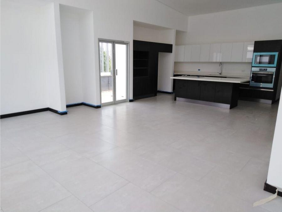 casa en santa ana en condominio para estrenar v0159