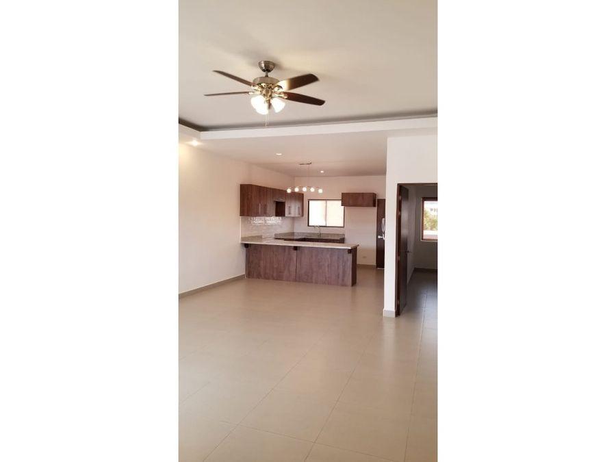 apartamento en rohrmoser gran oportunidad lindos acabados v0375
