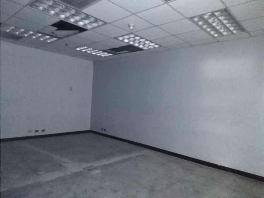 oficina en santa ana estrategica ubicacion a0678