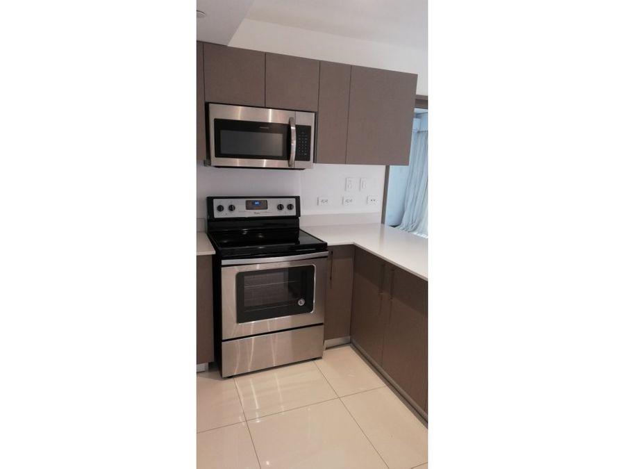 apartamento en rohrmoser con linea blanca a1057