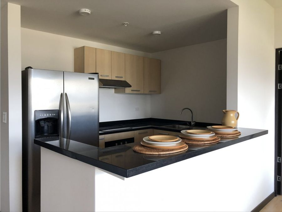 apartamento en sabana con amenidades v0325