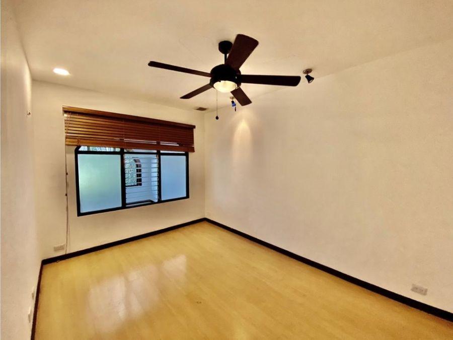 casa en rohrmoser amplia uso de suelo mixto a1176