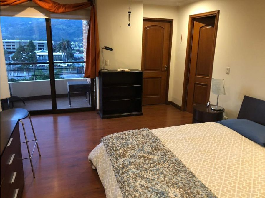 apartamento en alquiler en sabana a0800