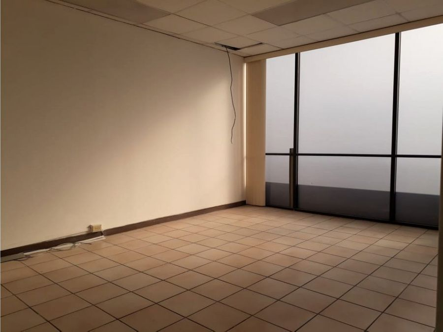 oficina en rohrmoser centrica ubicacion a0814