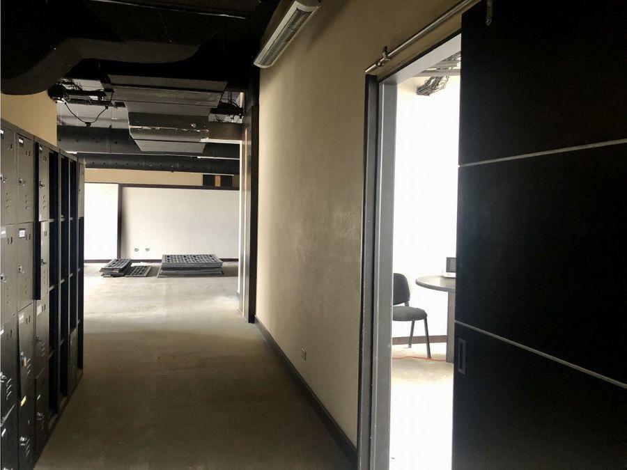 oficina en sabana espacios adaptables a su gusto a0805