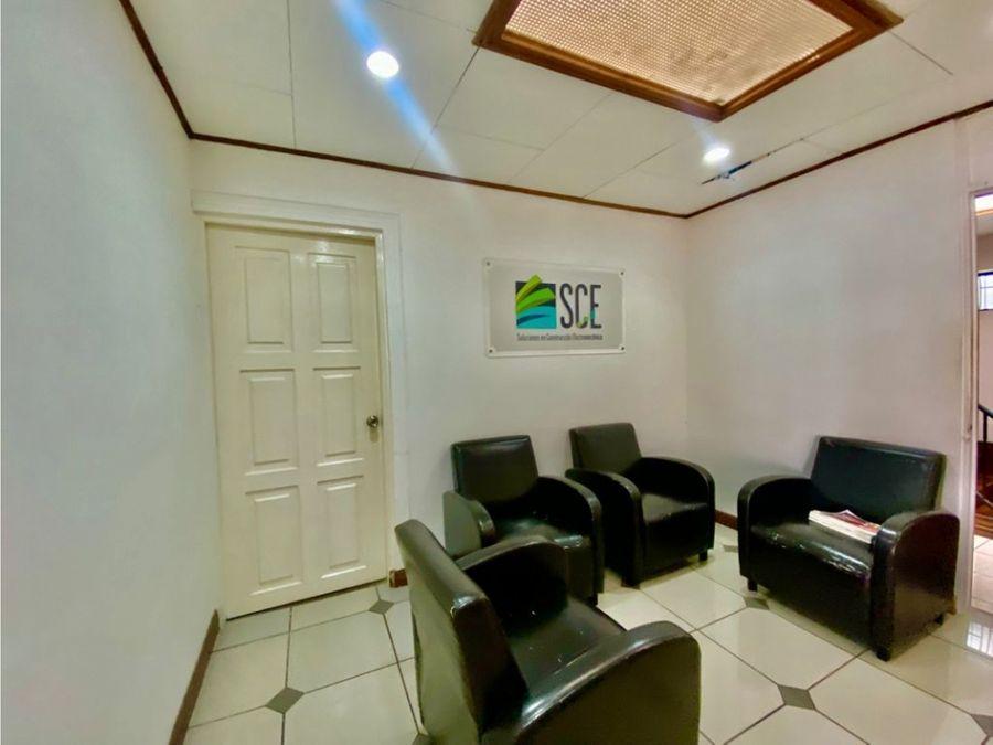 casa en sabana con uso de suelo mixto a1223