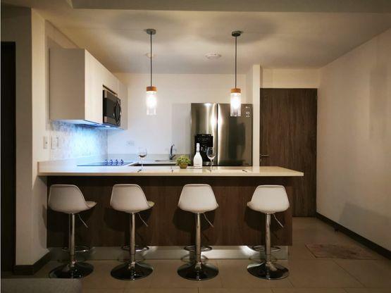 apartamento en alquiler en escazu a0936